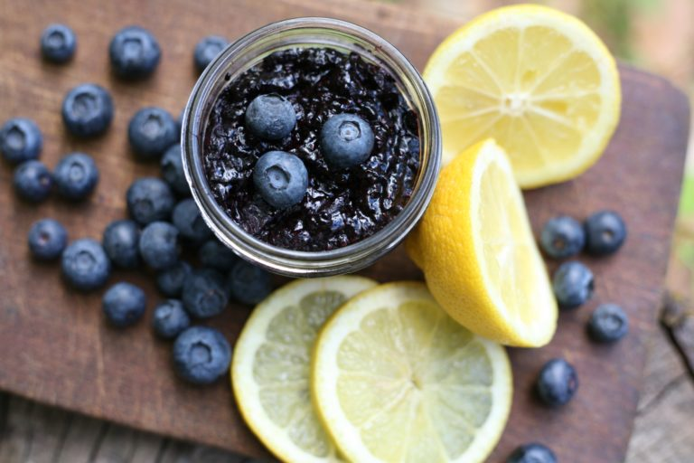 Blueberry Chia Jam: Lemon & Honey